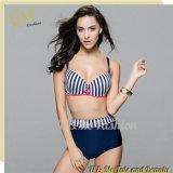 Neuer Entwurf 2017 Wholoesale Streifen gedruckter Schwimmen-Abnützung-Badeanzug-Bikini