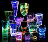OEM vaso de plástico con colores de luz LED para el regalo promocional