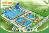 Castello gonfiabile dell'acqua della strumentazione divertente del gioco per gli adulti ed i capretti