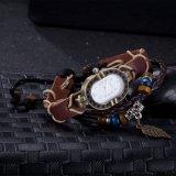 Couro ocidental do vintage com o bracelete do material da liga do zinco do relógio