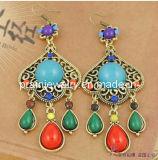 Multicolor pendientes de resina de color azul verde rojo chapado en oro Joyería de moda de primavera de 2013 elementos de la moda la moda de Joyería de pendientes de cristal (PE-055)
