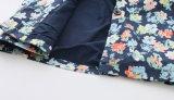 韓国様式の丸首は女の赤ちゃんのためのダスターコートをからかう