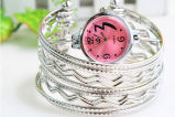 Horloge het Van uitstekende kwaliteit van de Armband van het Kwarts van de Vrouwen van de Zomer van de manier