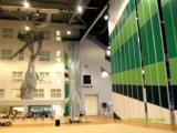 多目的ホールまたは多機能のホールのための防音の隔壁