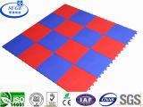 Revêtement de sol modulaire à grande surface de tolérance