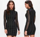 Schwarzer hoher Stutzen-langes Hülsen-Verband-Kleid