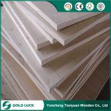 De Pijnboom van de Fabriek van Linyi/LVL van de Populier voor Verpakking en Steiger