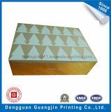 새로운 디자인 크리스마스 종이 박판으로 만들어지는 황금 포일 종이를 가진 Foldable 수송용 포장 상자