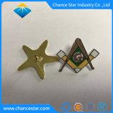 Pin duro su ordinazione del distintivo del risvolto della bandierina del metallo dello smalto