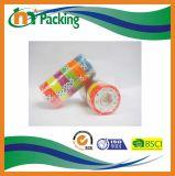 O adesivo personaliza a fita dos artigos de papelaria do logotipo