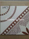 De goedkope Ceramische Verglaasde Tegels van de Vloer van de Muur voor Afrika