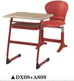 Escritorio y silla de clase única para muebles