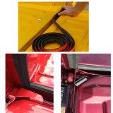 トランクのテールゲートのシーリングのためのスポンジゴムのストリップ