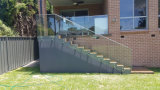 Stainless Steel Handrail를 가진 발코니 Tempered Glass Railings Design
