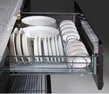 柔らかさの終わりのヒンジが付いている光沢度の高い食器棚