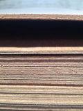 triplex van het Hardhout Plywoodpoplar van de Teak van het Triplex van de Rang van de AMERIKAANSE CLUB VAN AUTOMOBILISTEN van 2.53.5mm het Buitensporige Natuurlijke Buitensporige
