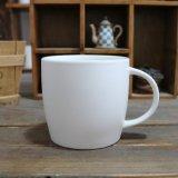 까만 사기그릇 찻잔 사기그릇 음료 컵 선전용 세라믹 찻잔을 주문을 받아서 만드십시오