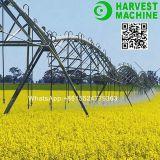 農業の中心のピボット用水系統か農場の水まきの潅漑機械または農場の潅漑の散水装置