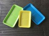 O vácuo formado na bandeja de plástico PP com almofada de absorção de alimentos vegetais e frutos do mar de carne