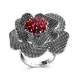 Boucle plaquée rouge de bijou d'or blanc de cru de forme de fleur