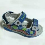 A forma nova caçoa sandálias da praia com TPR Outsole