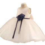 L'ivoire Tulle Bow Girl Dress pour mariage