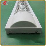 Il tubo del LED illumina il nuovo alloggiamento della parentesi LED della lampada LED della griglia di illuminazione SMD3528 LED dell'hotel per le lampade di T8/T5 LED