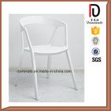 Cadeira plástica barata interna ao ar livre da sala de visitas dos PP
