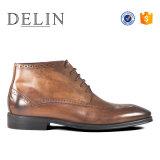 Les hommes de bottes de dentelle haute qualité des chaussures en cuir
