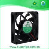 7015 Axial Flow DC de haute qualité pour le matériel électrique de ventilateur