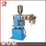 Hohe Präzisions-automatische vertikale Kabel-Farben-Einspritzung-Maschine