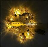 La hoja de la luz de la cadena de cristal con decoración de vacaciones que funcionan con batería de la luz de la bola de Navidad