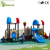 De OpenluchtSpeelplaats van kinderen voor Kleuterschool