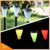 야드 잔디밭을%s 태양 건 및 스파이크 램프를 바꾸는 색깔을%s 가진 조경 빛