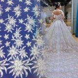 Tessuto alla moda del merletto del vestito da cerimonia nuziale del ricamo