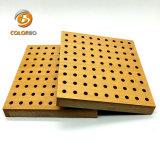 Finement perforé transformés en bois Panneau acoustique pour l'enregistrement de salle/Studio