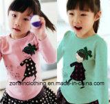 綿の長い袖のかわいい子供の衣服