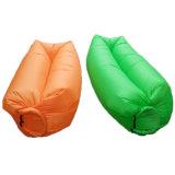 在庫210t Ripstopの防水膨脹可能な空気Laybagの膨脹可能な寝袋のLounger