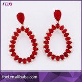 형식 꽃 디자인 Huggie 분홍색 돌 귀걸이