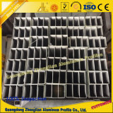 Customerizedはアルミニウム円形の管の正方形の管のためのアルミニウムを陽極酸化した