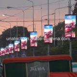 Tela de indicador ao ar livre do diodo emissor de luz do sinal da campanha publicitária nos meios de comunicação Digital de Pólo da rua