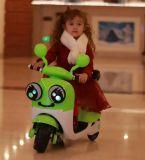 장난감 차 아이들 건전지에 의하여 운영하는 차에 아기 전기 탐