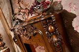 Camino intagliato del Brown per la decorazione domestica