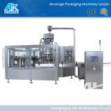Pequeña Soda totalmente automática / máquina de llenado de cerveza puede / línea / Equipo / máquina de Canning
