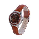 Новые изделия из кожи FASHION смотреть ремешок на запястье женщин смотреть кварцевые часы лавы красный диск набора команд