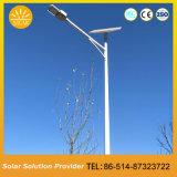 Installation facile 30W Tous les feux dans une rue solaire avec panneau solaire indépendant