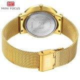 小型焦点の人のための細いニースのギフトの水晶腕時計