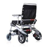 FDA 10는 Brushlesss 경량 Foldable 전자 휠체어를 조금씩 움직인다