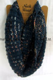 형식 Lurex 털실 스카프 (Hjs02)를 가진 뜨개질을 하는 대조 Col