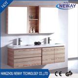 Тщета ванной комнаты меламина самомоднейшей конструкции установленная стеной